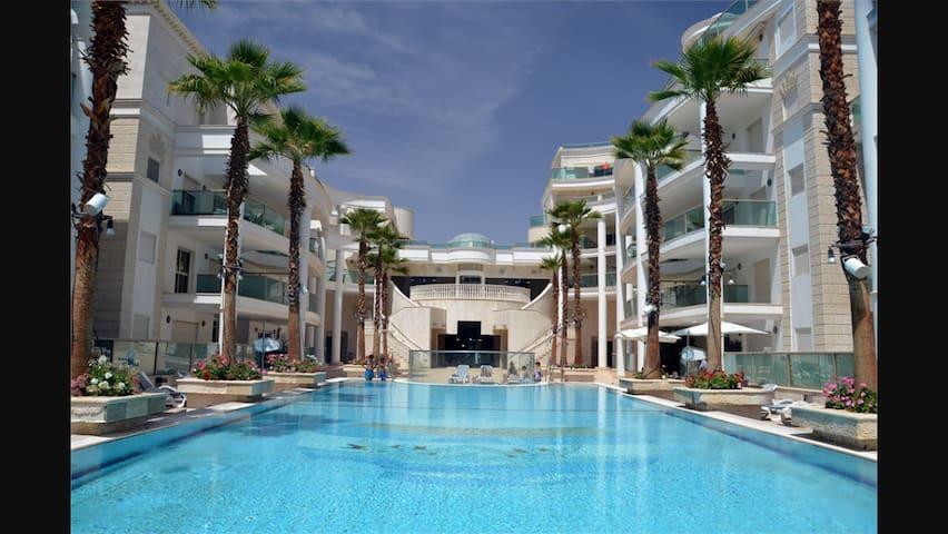 LUXUEUX 4 PIÈCES LA PALMERAIE - Eilat - Apartment