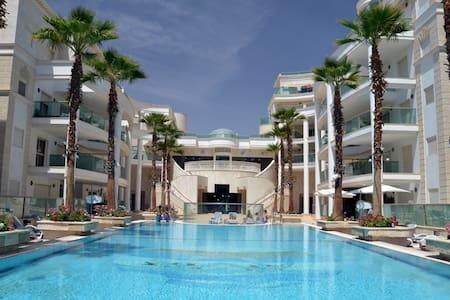 LUXUEUX 4 PIÈCES LA PALMERAIE - Eilat - Apartemen