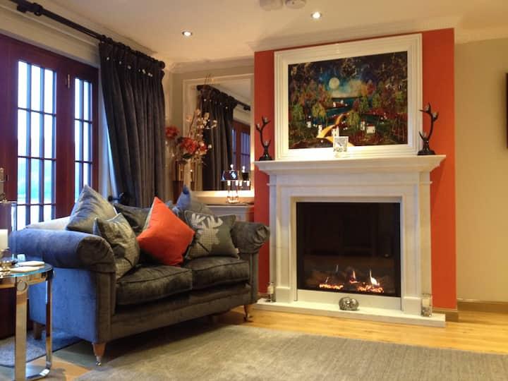 5 Star Lochside Studio Glencoe