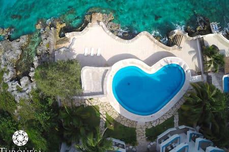 Modern Ocean Front / Penthouse - San Miguel de Cozumel