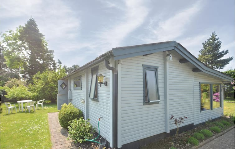 Holiday cottage with 1 bedroom on 49m² in Idestrup