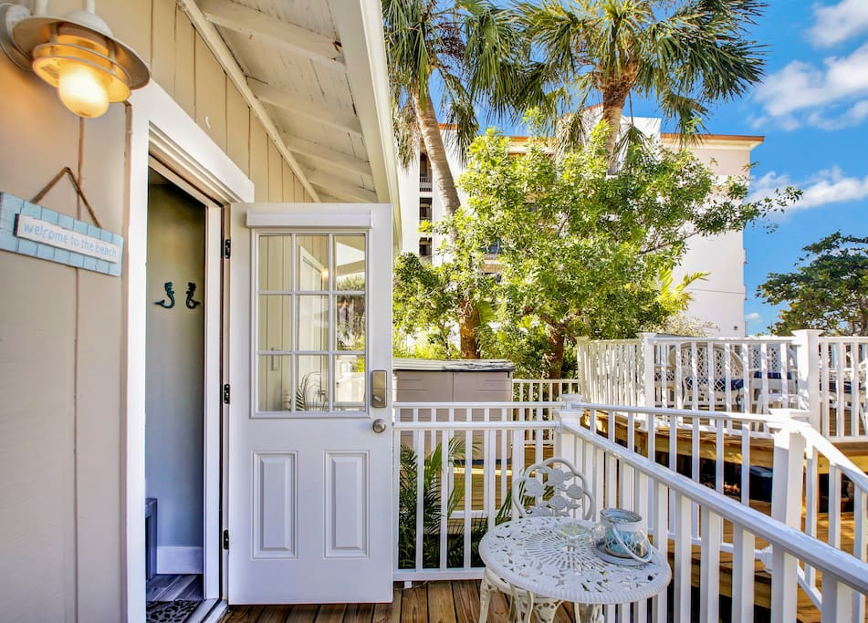 Welcome to your boutique cottage on the beach!