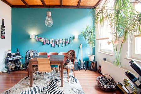 Schöne Wohnung direkt am Lindener Markplatz - Hannover