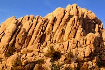 Surrounding the Cave Castle in all directions, promontories of granite protrude into the sky for mountain climbers, photographers and nature enthusiasts to enjoy.
