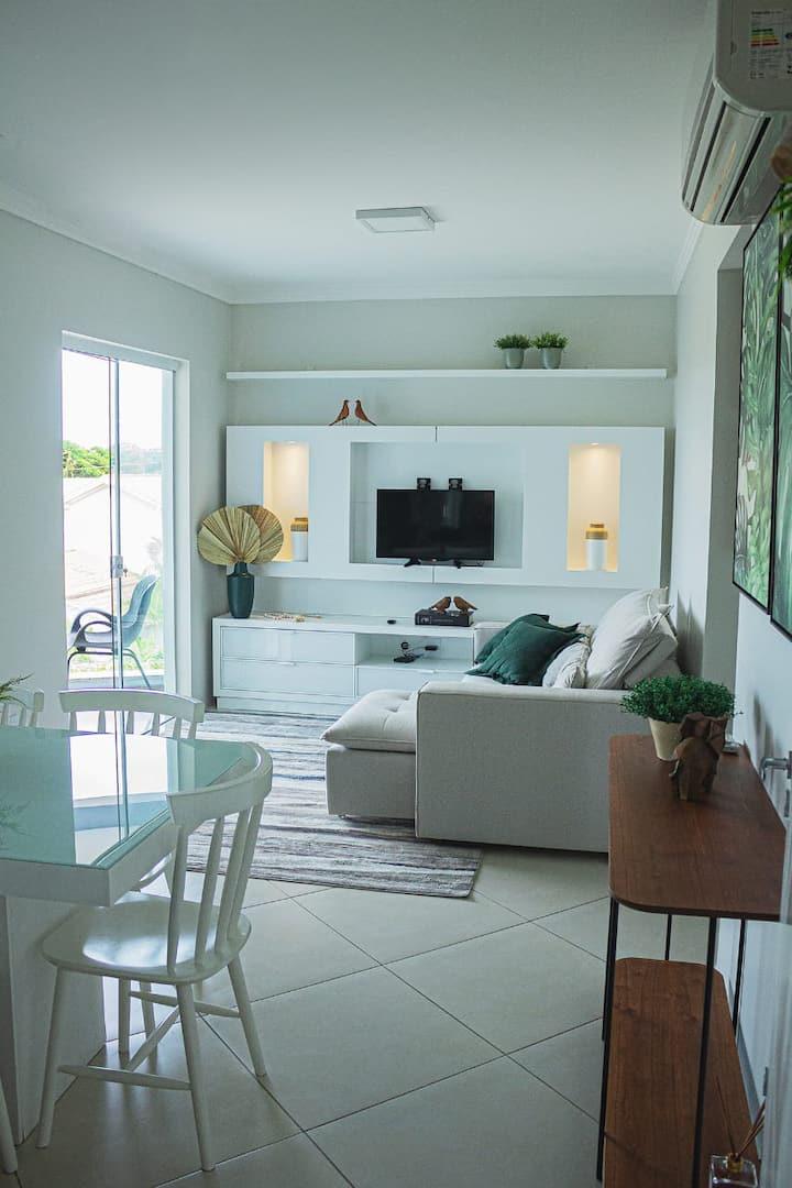 Excelente apartamento a 5 min da Praia, Wifi e Ar.
