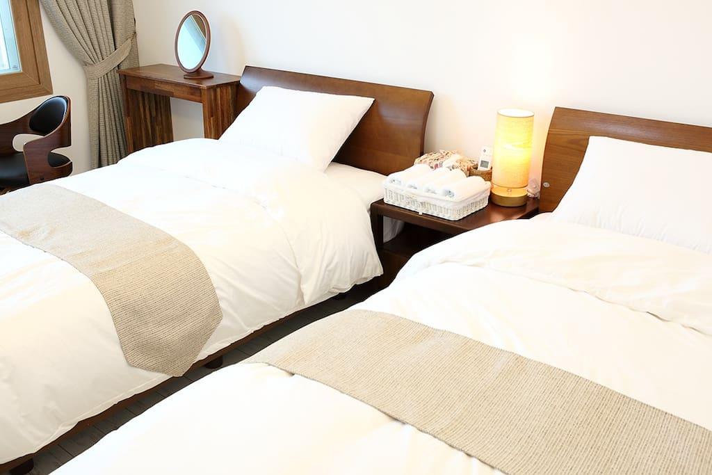 침대 Twin bed