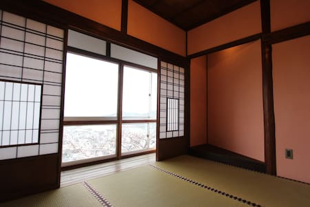 Trad Japanese Room w/view of Onomichi Channel (桜) - Onomichi-shi