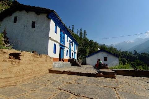 100 Years old Kumaoni Home