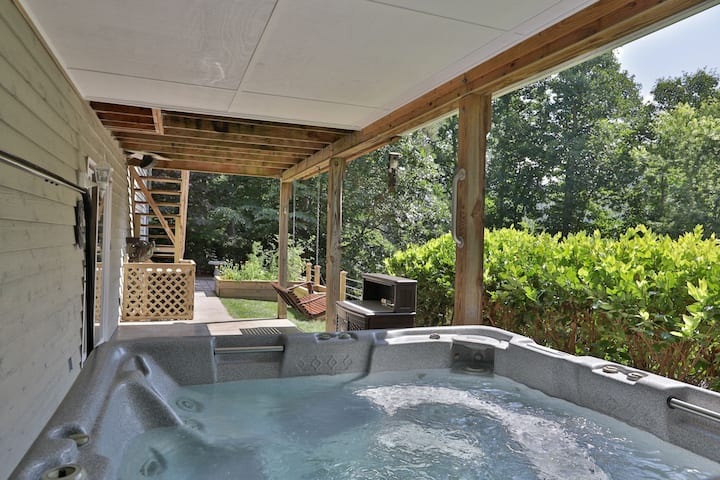 Private Oasis at The Hopewell Getaway