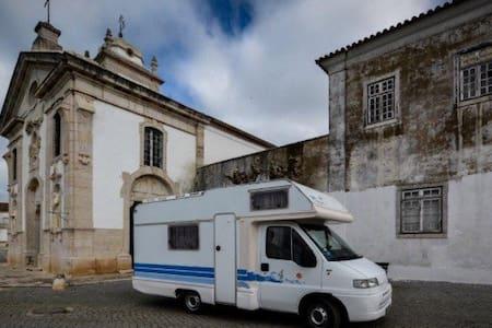 Autocaravana impecável - Loures