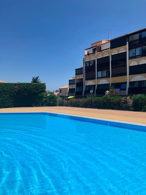 La plus grande piscine du camp .. un espace de tranquilité privatif