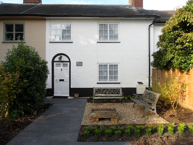 Bella Vista Holiday Cottage, Suffolk (Yoxford) - Yoxford