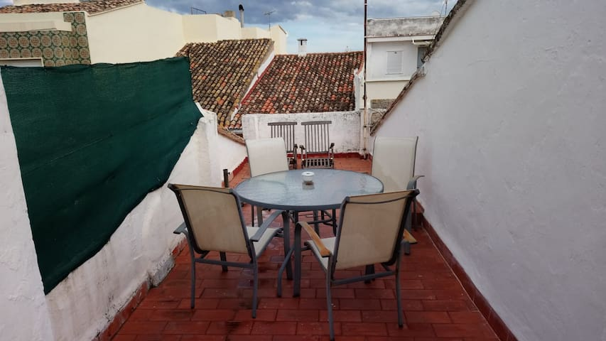 Town house 1km from beach on the Costa blanca,