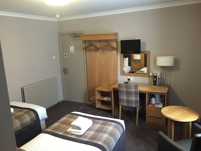The Buchan Hotel - Standard Twin Room