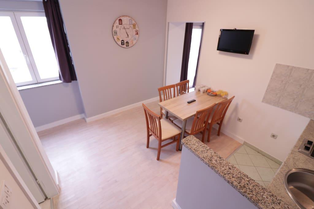 Apartment In City Center For Big Groups Apartments For Rent In Novalja Li Ko Senjska Upanija