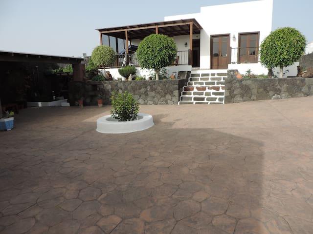 Esplendida Villa Rustica Canaria - Teguise - วิลล่า