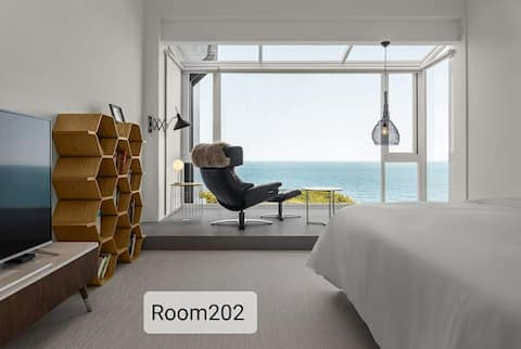 room 202 the best sea view suite in Taiwan