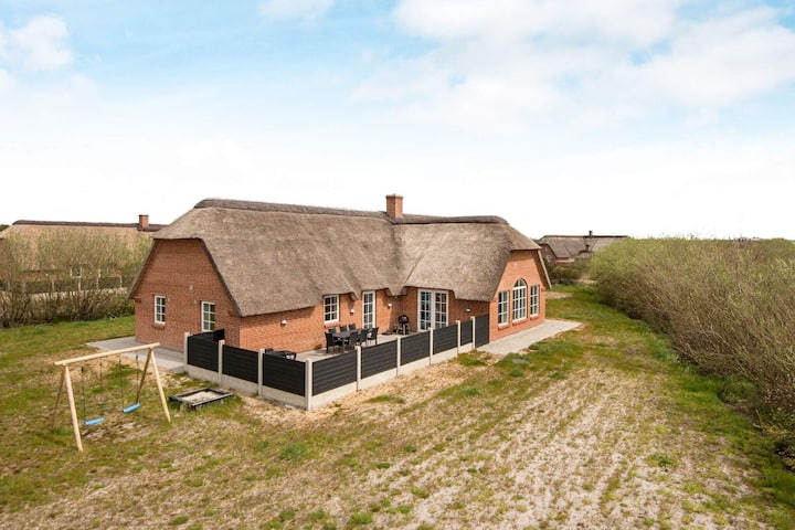 Luxurious Holiday Home in Ulfborg with Swimming Pool