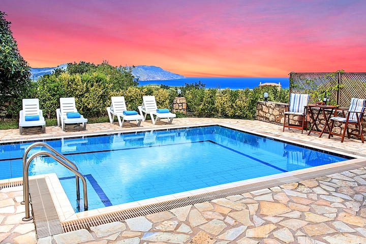 Mare Blue Villas 20 guests with 2 Heated Pools