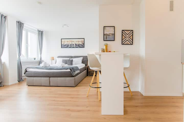 Stylish Businessapartment near Uni & main station
