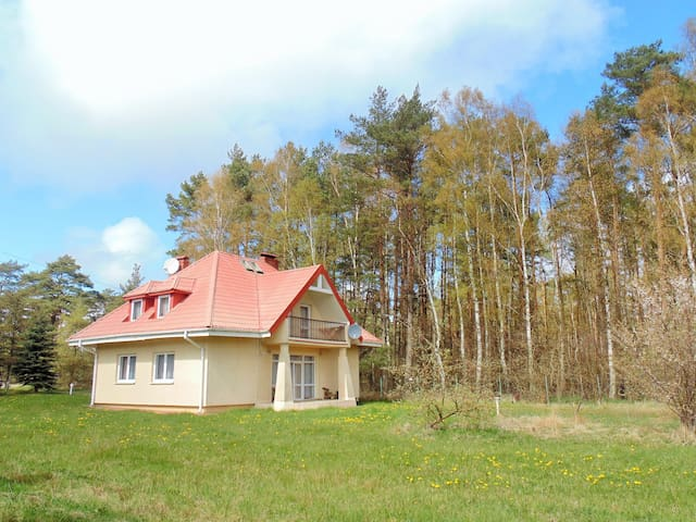 Dom nad morzem do wynajęcia- Dębina k. Rowów - słupski - Rumah