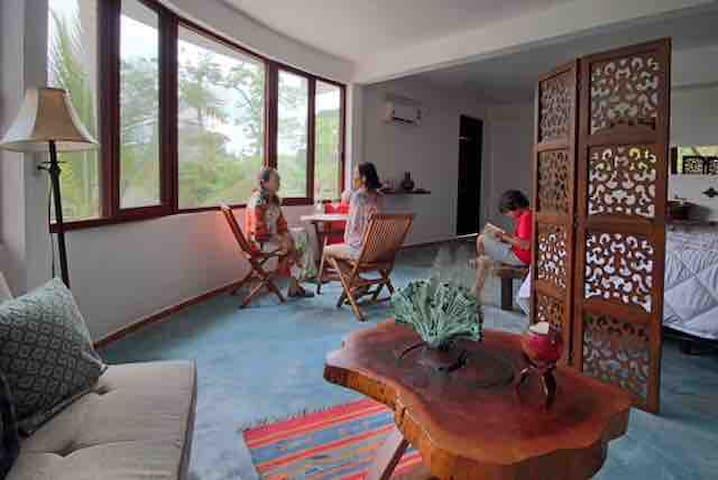 XA-HA  SUITES 5 suites cómodamente equipadas