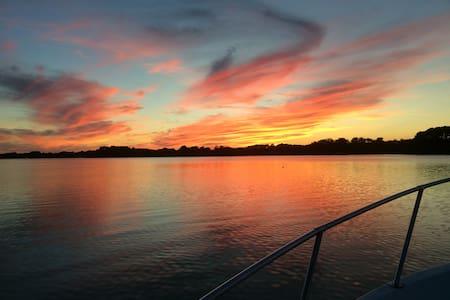 Waterfront Oasis HUNGARS CREEK & Chesapeake Bay