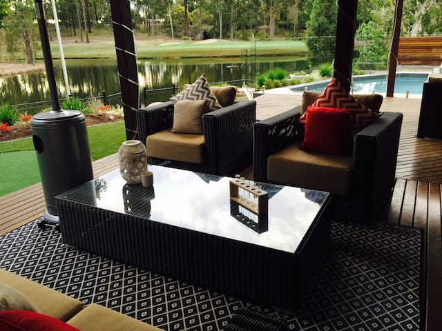 Brookwater Golf Guest Suite  *USQ:MATER:Train:Golf