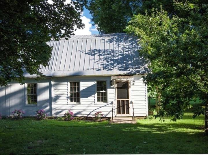Cozy Farm Cottage