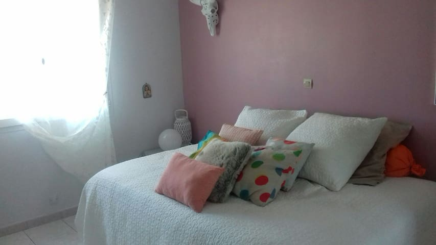Uchaud entre nimes&montpellier chambre cooconing
