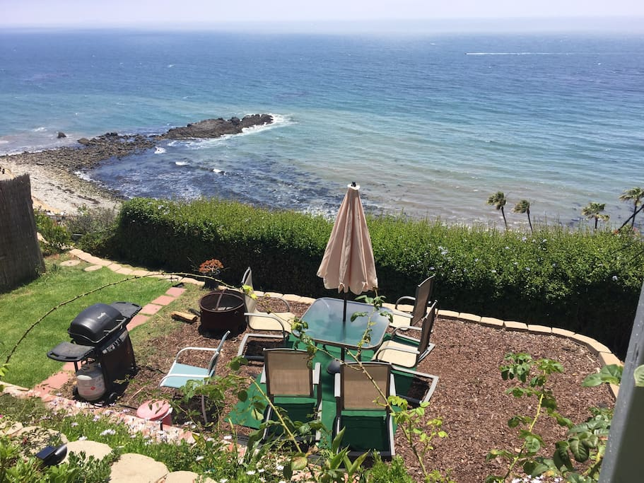 This is the outside sitting area.  Enjoy! See Catalina Island.