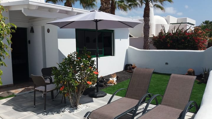 THE WHITE HOUSE with Pool - Playa Blanca