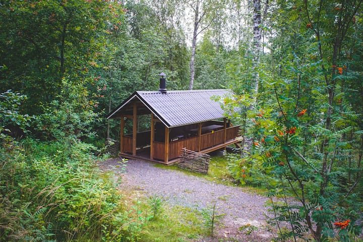 There is a big grill shelter just few meters from the cottage with you can use in summer and winter.