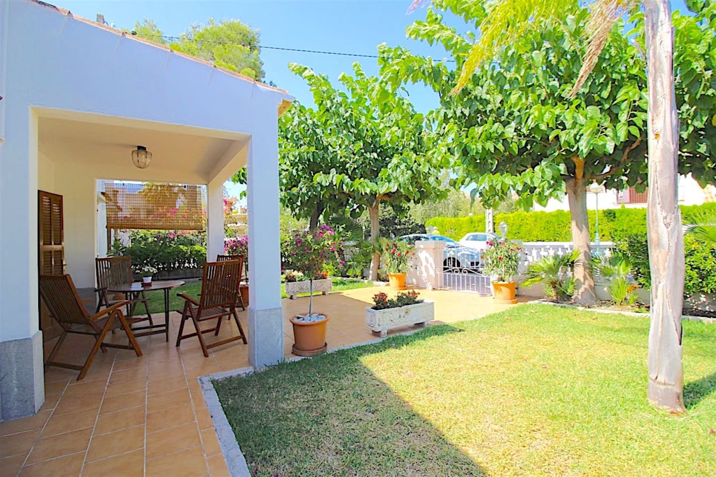 Lovely Villa / Bungalow just 100 meters to the Alcudia Beach!