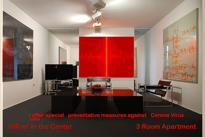 """Artist´s Creative Residence"" 100m² im Zentrum"