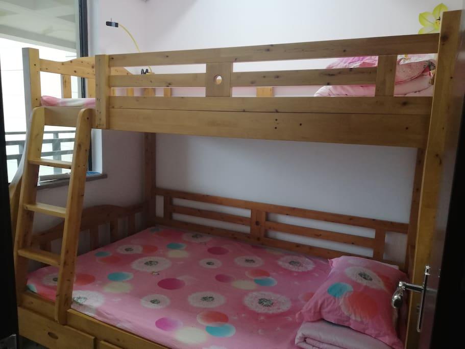 这是第三个卧室。