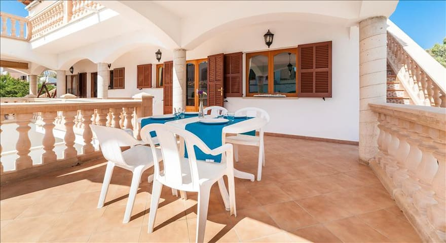 Beach house at best Mallorca beach, 6 Kms of crystal clear water - Ses Covetes - Appartamento