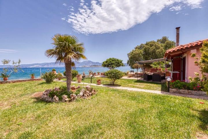 Villa Ergina by the sea