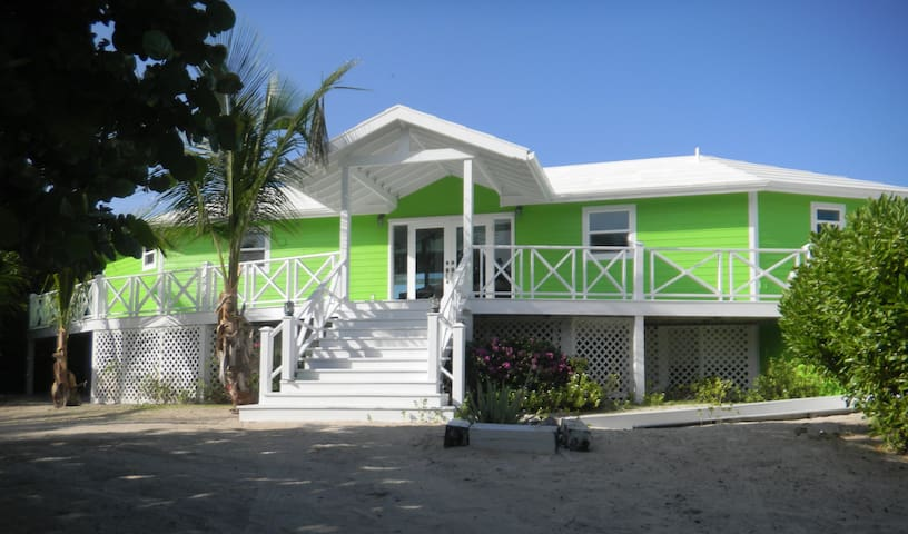 Reef-Freshing Cottage on Great Guana Cay!