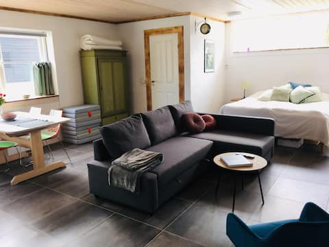 Cozy apartment near airport and National Park