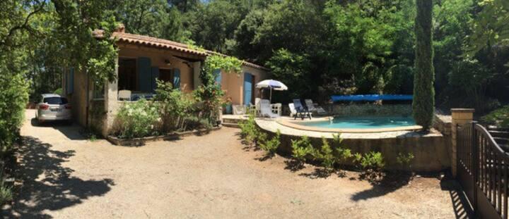 Le Piquebori vue sur Roussillon