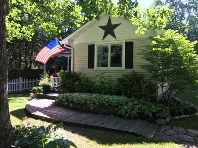 East Shore Cottage Whole House
