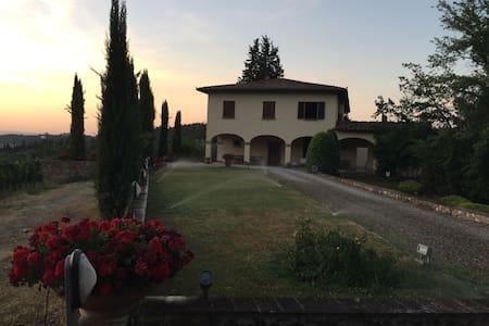 Villa in Tuscany Chiantishire area - Sambuca - Casa de camp