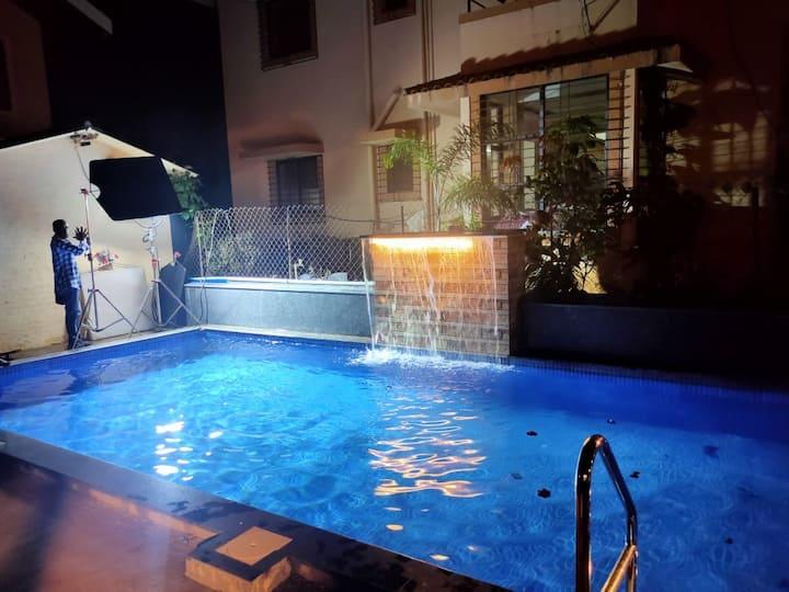 Neeta's Hillside Villa