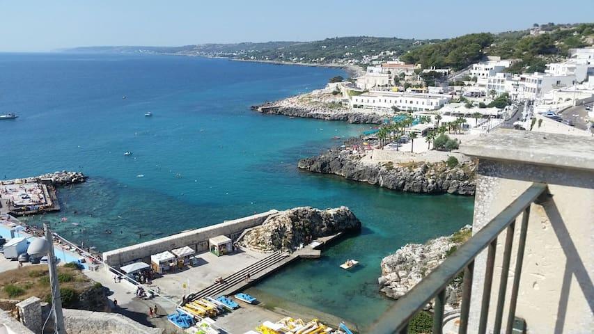 Graziosa  stanza panoramica - Castro Marina, LE, Italia - บ้าน