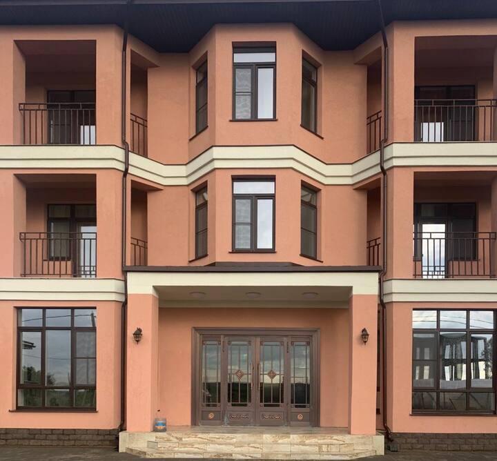 Апартаменты в загородном доме у Павловского парка