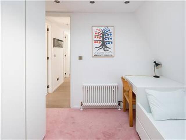 6 apartment