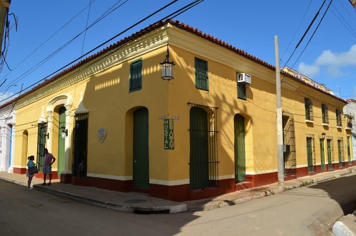Hostal La Casona Cueto Habitación 04