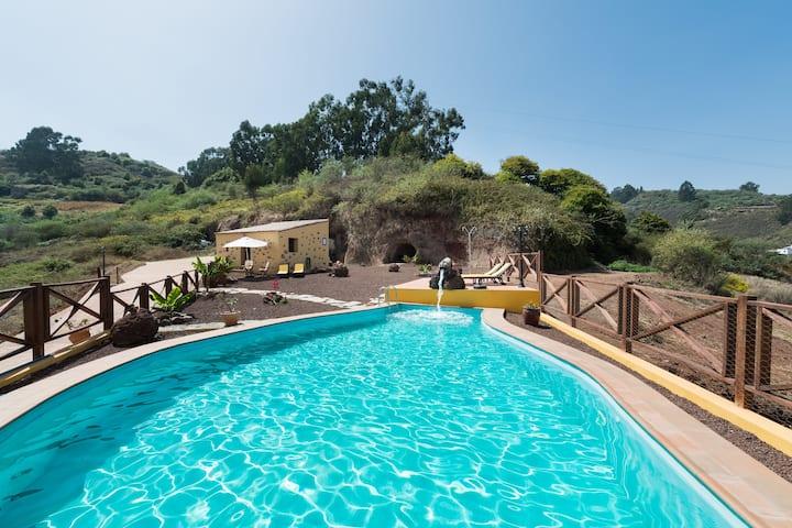 NATURACANARIA Type B- suite - Pool and free Wifi