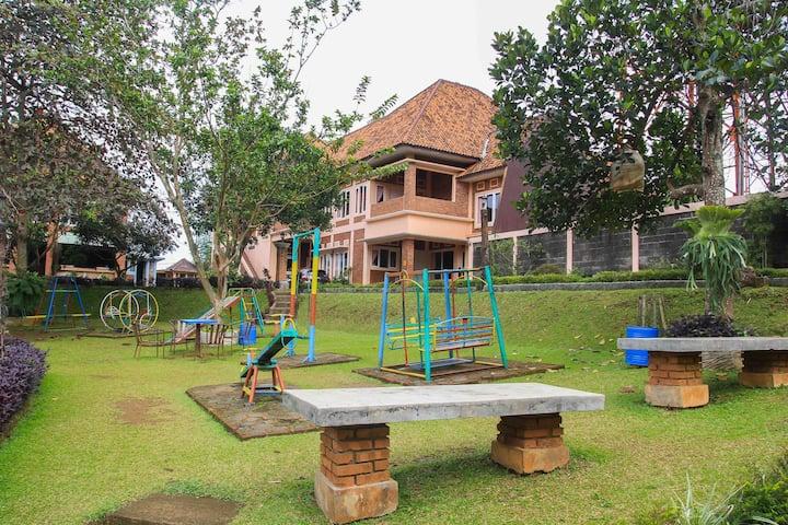Villa Insani D2 (Syariah) Lantai 2